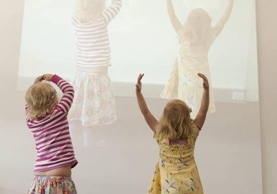 Kids - QAGOMA https://www.qagoma.qld.gov.au/whats-on/kids Offre une belle gamme de propositions jeunesses