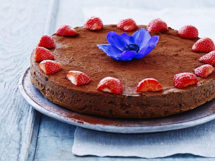 Suussa sulava suklaamousse-kakku