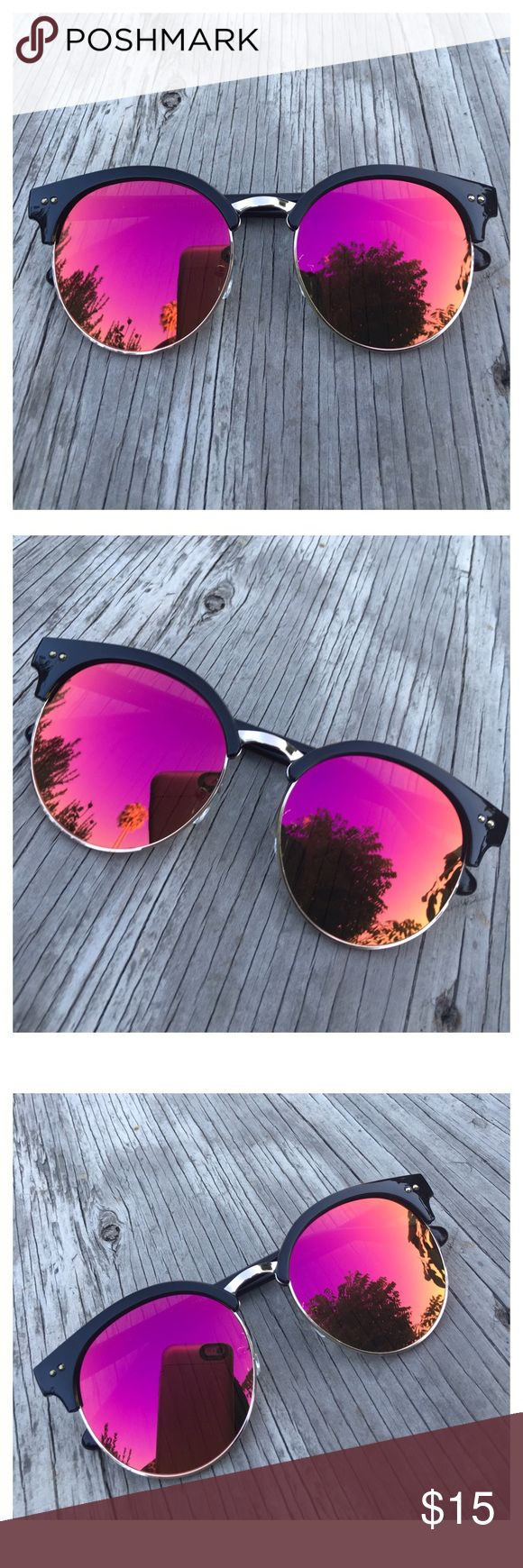Red Aviator Sunglasses, Mirrored Sunglasses This listing is for a pair of blue Mirrored aviator sunglasses. Reflective sunglasses. Trending sunglasses. UV Protection. Brand new! Accessories Sunglasses