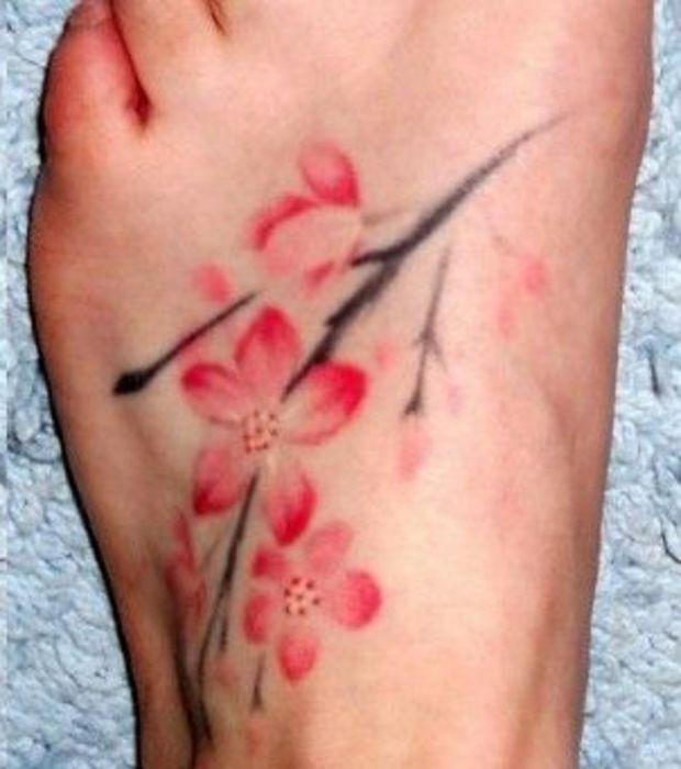 plus de 25 des meilleures id es de la cat gorie tatouage fleur de cerisier sur pinterest. Black Bedroom Furniture Sets. Home Design Ideas