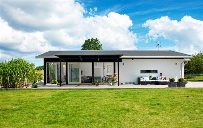 【将来の転用も柔軟に】シンプルな作り付けの二段ベッド | 住宅デザイン