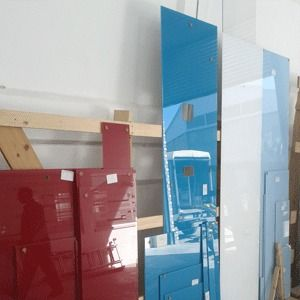 backpainted glass evakote for use in splashbacks and wall cladding standard and custom colours