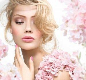 Εργαστήρι Ομορφιάς τη Δευτέρα 21-12-2015 και ώρα 18:00  Χαρίστε στον εαυτό σας ένα άγγιγμα απαλότητας και λάμψης δοκιμάζοντας φυσικά προϊόντα υγείας και ομορφιάς με βάση την Αλόη Βέρα.   Αφιερώστε λίγο χρόνο για χαλάρωση και απολαύστε χωρίς χρέωση μια περιποίηση προσώπου που θα προσφέρει νεανική όψη στην επιδερμίδα σας.  Για κρατήσεις θέσεων: 6946504357 ή με προσωπικό μήνυμα.  Η παραπάνω ενέργεια γίνεται για διαφημιστικούς λόγους και δεν απαιτείται αγορά προϊόντος.
