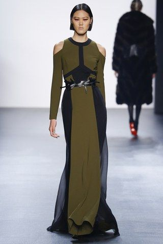 See the complete Bibhu Mohapatra Fall 2016 Ready-to-Wear collection.