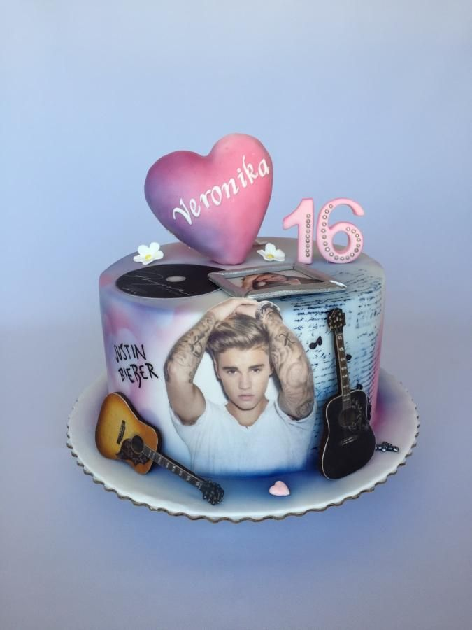Terrific Justin Bieber Birthday Cake By Layla A Justin Bieber Cake Music Funny Birthday Cards Online Elaedamsfinfo