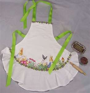 /lacefingers/aprons/       634 pins --- #Aprons