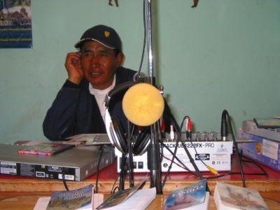 Radios Comunitarias - APRAC BOLIVIA