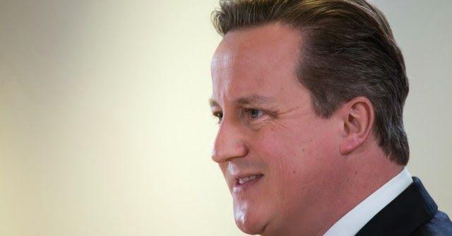 """Londra, Cameron """"promuove"""" il suo parrucchiere con onorificenza governativa. Lino Carbosiero, hair stylist italiano di tante celebrità tra cui il premier britannico è stato nominato """"membro dell'Ordine dell'Impero Britannico"""". Critiche dai laburisti e dai colleghi di partito. http://dottoricommercialistilondra.blogspot.co.uk/2014/01/londra-parrucchiere-italiano-promosso.html"""