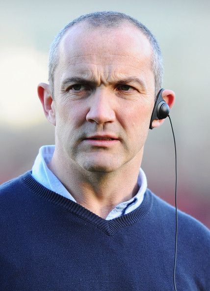 Conor O'Shea Photos Photos - Harlequins coach Conor O'Shea looks on during the Aviva Premiership match between Harlequins and Newcastle Falcons at Twickenham Stoop on November 27, 2011 in London, England. - Harlequins v Newcastle Falcons - Aviva Premiership