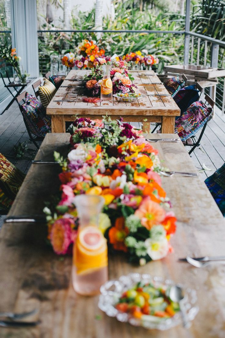 Floral Centrepiece / The Lane Flower styling and Food Workshop. (instagram: the_lane)