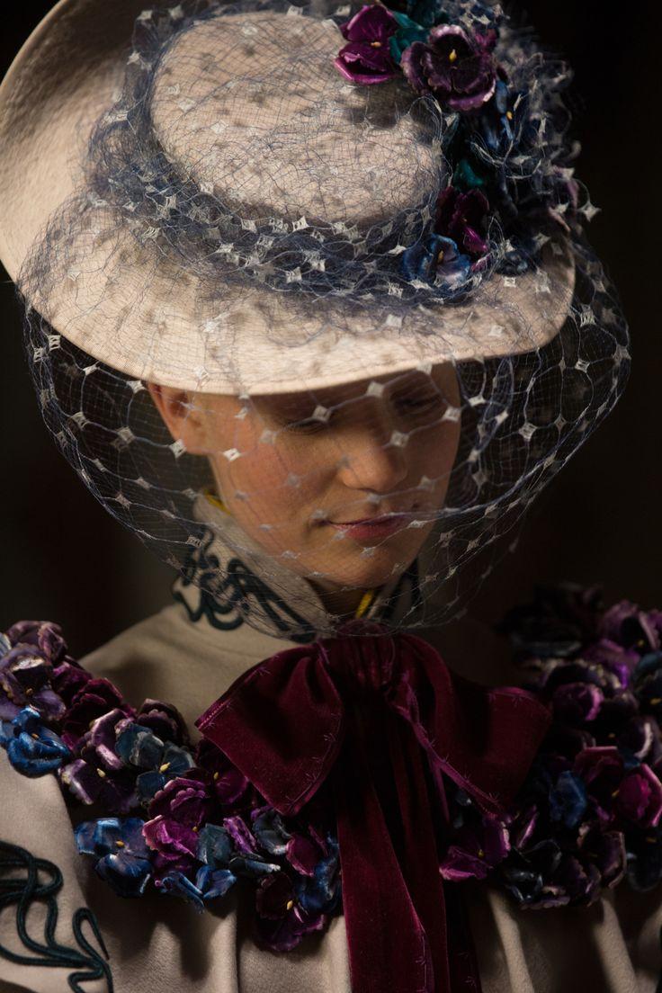 Mia Wasikowska's dress upon arrival at Allerdale Hall | Crimson Peak