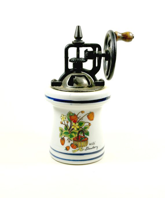 Vintage Pepper Mill Pepper Grinder Pepper Mill by DKVINTAGEGALLERY