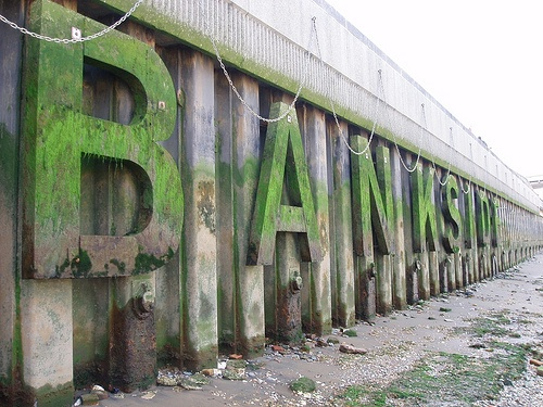 Bankside i by Triston Wallace, via Flickr