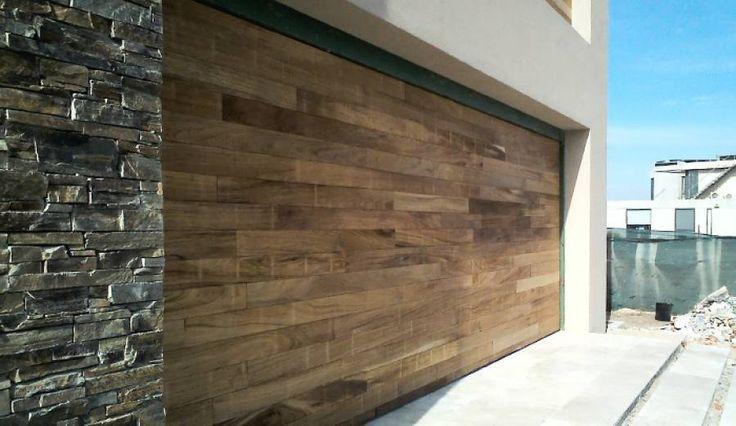 M s de 1000 im genes sobre portones de garage en pinterest for Portones de madera modernos