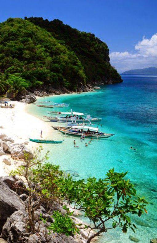 Isla De Gigantes Islands, Philippines
