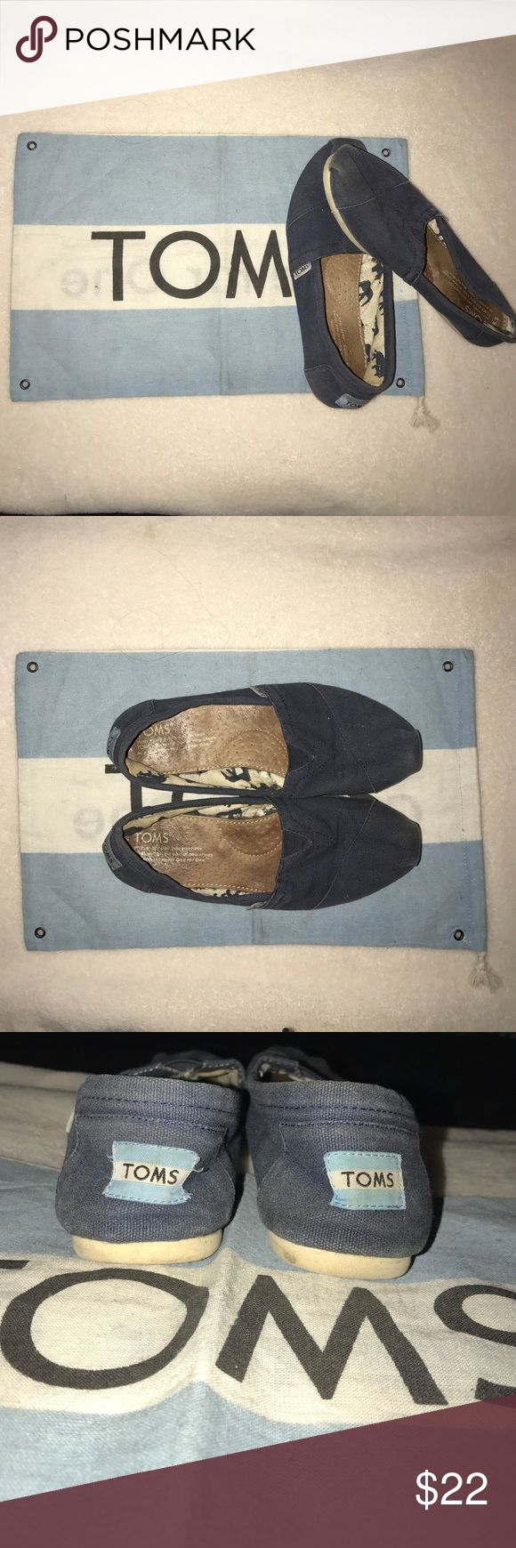 TOMS Color: Navy Blue TOMS Dustbag included TOMS Shoes