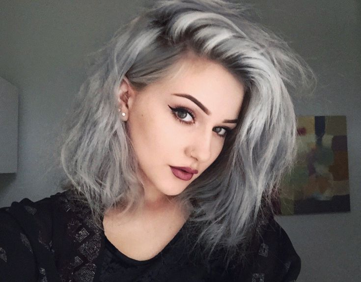 Tendencia del cabello platinado http://www.entrebellas.com/tendencia-del-cabello-platinado/