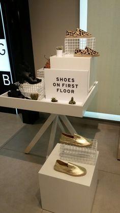 adidas promo shoes витрины - Поиск в Google