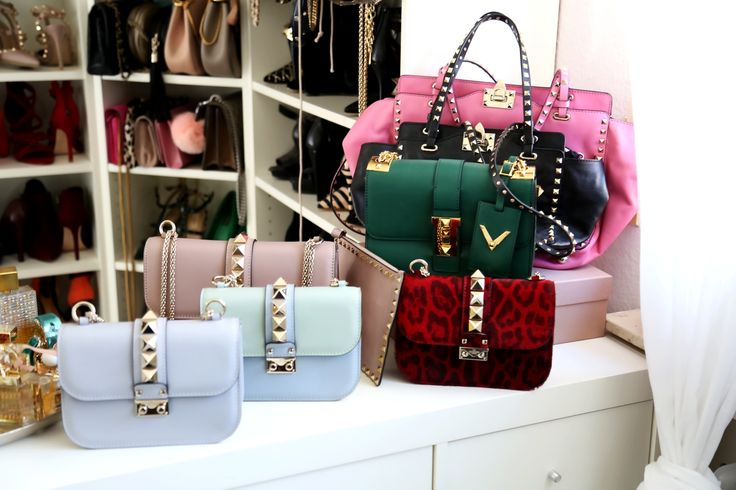 Valentino Garavani Rockstud bag collection. Bag Trends Fall 2016