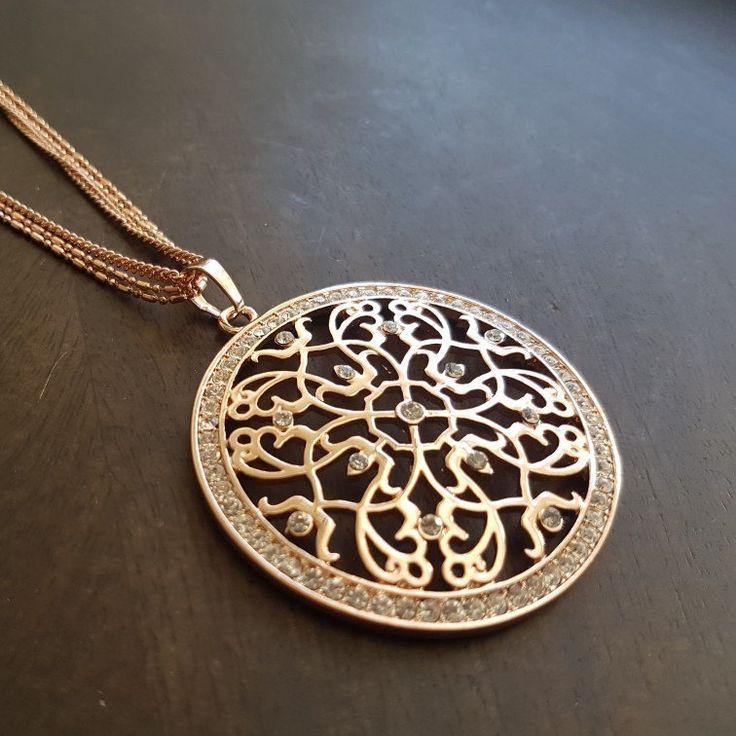 Fancy necklace back in stock