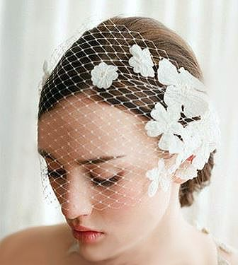 Beautiful & Classy Vintage Style Lace Flower Bridal Veil  ❤Yes, I Do! Ships Everywhere!❤  Estimated delivery time: USA and All Other Countries: 15-25 business days.  Please check out the many other romantic and magical wedding items in Yes, I Do! :-) http://yesido.storenvy.com/