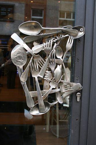 Door handle to Zerodue, Milan.