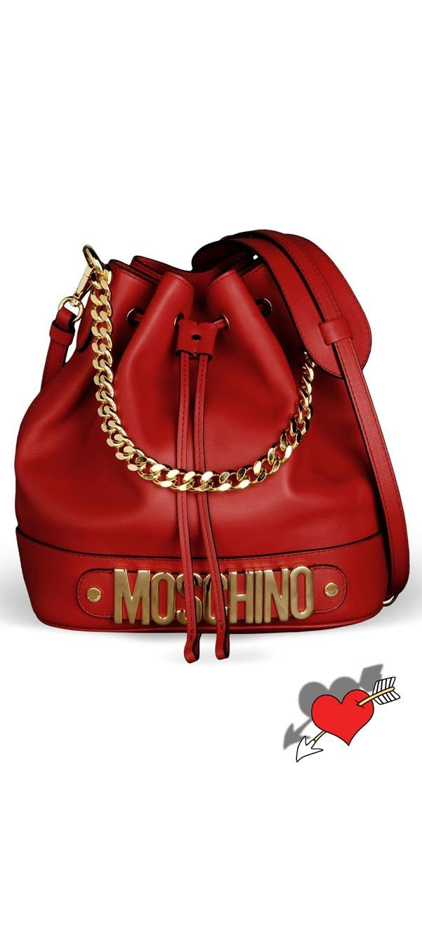 IN LOVE with this Moschino bag. Must have