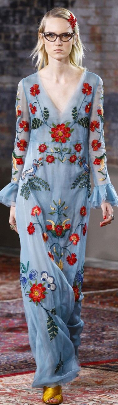 It's pretty except for her face!!! DELORTAEAGENCY Fabulous Gown of The Day | GUCCI Resort 2016 http://delortae.agency/is2n #‎couture #‎GUCCI #‎luxury