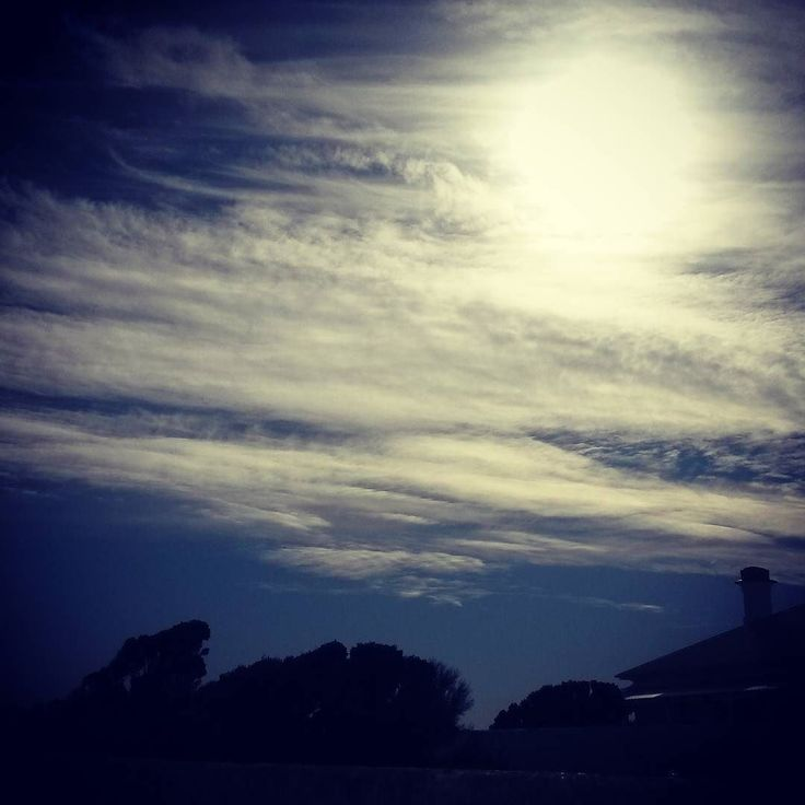 #afternoonsky #countrylife #makesmehappy #itsthelittlethings by georges_gal