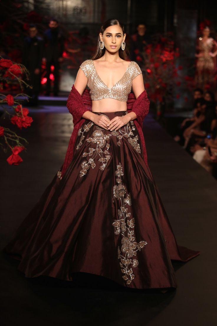 Manish Malhotra - Amazon India Couture Week 2015 #Indian Fashion