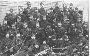 Η ελληνική κυβέρνηση έστειλε πράκτορες στη Γεωργία , όπου ζούσαν πολλοί έλληνες , με σκοπό την υπονόμευση της Σοσιαλιστικής Δημοκρατίας που κάτω από τεράστιες δυσκολίες προσπαθούσε να στηριχθεί εκεί. Το 1919-1920 ο Βενιζέλος έστειλε τον Νίκο Καζαντζάκη και τον συνταγματάρχη Ηρακλή Πολεμαρχάκη μαζί με κρητικούς από το στενό περιβάλλον του για να τραβήξουν τους έλληνες της περιοχής από την επιρροή των μπολσεβίκων.