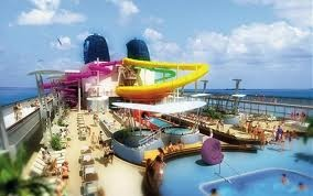 Cruising boat with Waterslide