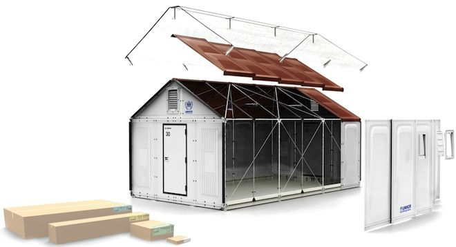 IKEAが考える「簡易的な家」とは? IKEAと言えば、安価な組み立て式家具が有名ですが、そのノウハウを利用して「難民用のシェルターを開発」していることは知っていますか? 世界の350万人近くが、難民キャンプで生活していると言われている昨今。 IKEAは、難民用住宅ユニットの専門家と協力して住環境を全面的に見直そうとしています。 家具感覚で組み立て このシェルターもIKEAの家具同様、パーツがばらばらの状態で、段ボールに梱包され現地へ輸送されていきます。 構造はごくシンプルで、パイプフレームの上に、プラスティックパネルを取り付けて組み立てる長方形のユニットタイプ。 それでも、今まで使われてきた粗布のテントと比べれば、その差は歴然ですよね。 また工具が必要なく、約4時間程度で出来上がるように作られているそう。 延べ面積は17.5平方メートルで(都内のちょっと狭いワンルーム程度)日よけカバーと、ソーラーパネルも完備。 5人まで快適に暮らすことができます。…