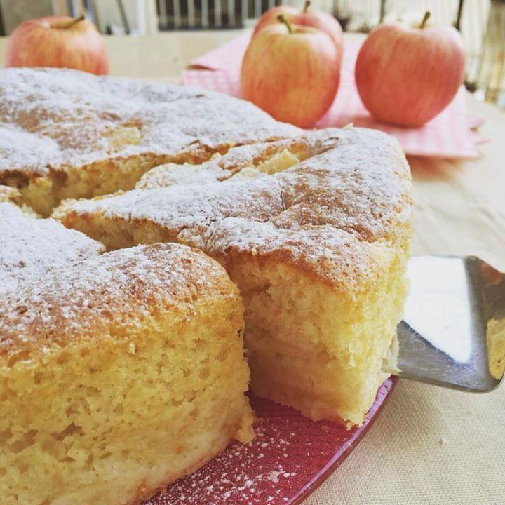 La torta di mele cremosa.