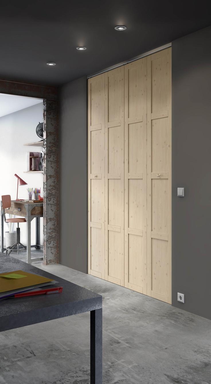 Personnalisez vos rangements en optant pour le placard pliant Krista. Disponible en sur mesure, ces portes sont fabriquées par Lapeyre à partir d'Epicéa massif.
