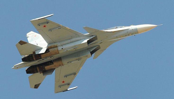 Российский истребитель пролетел в полутора метрах от самолета-разведчика США. Tак держать!