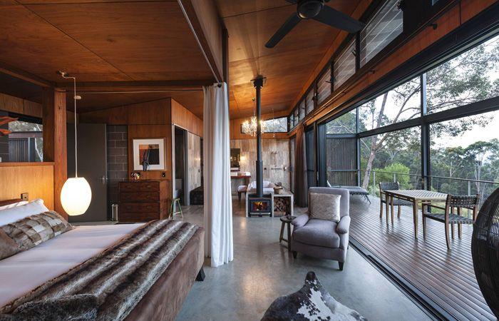 Sangoma Retreat - pool suite  Blue Mountains