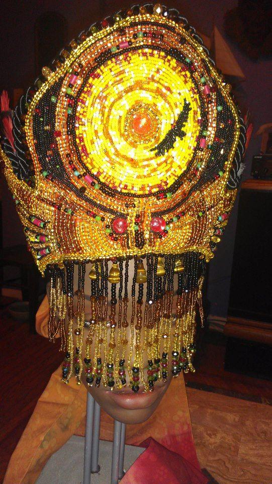 Crown/Corona Oshun Ibu Kole di OmoEsuOdara su Etsy, $450.00