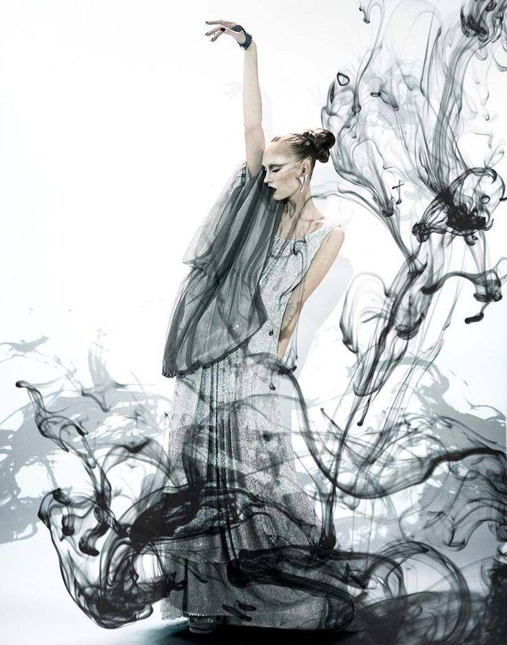 Asia Bugajska by Julia Pogodina in Black Magic | Zink