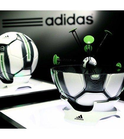 Adidas miCoach Smart Ball, en 2014 también utilizarás el iPhone para entrenar Fútbol