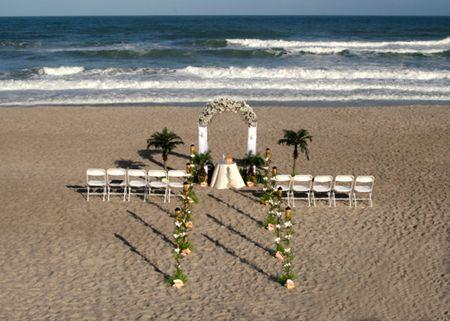 Best 20 Cheap beach wedding ideas on Pinterest Vacation wedding