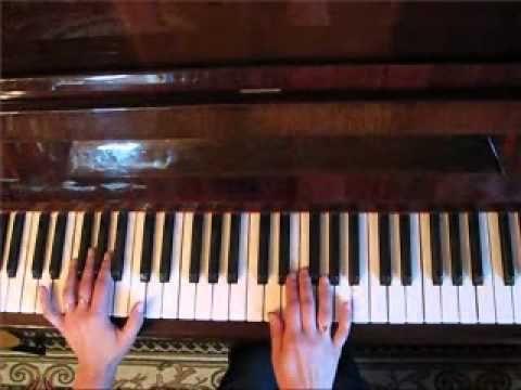 """""""Если у Вас нету тёти"""" разбор вступления на пианино В.Ю."""