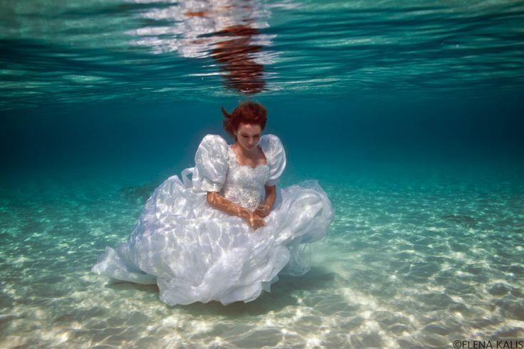 ©Elena Kalis: Runaway Bride, H2O Underwater, Kali Underwater, Underwater Photography, Blog, People, Bride Vi, Elena Scales, Photographers Elena