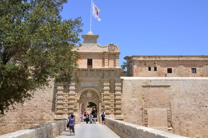 Pin for Later: 10 Game of Thrones Filming Locations That You Can Visit Mdina, Malta — King's Landing (season one) Mdina was the setting for King's Landing way back in season one, so you can reminisce about the days when Ned Stark was still Hand of the King.