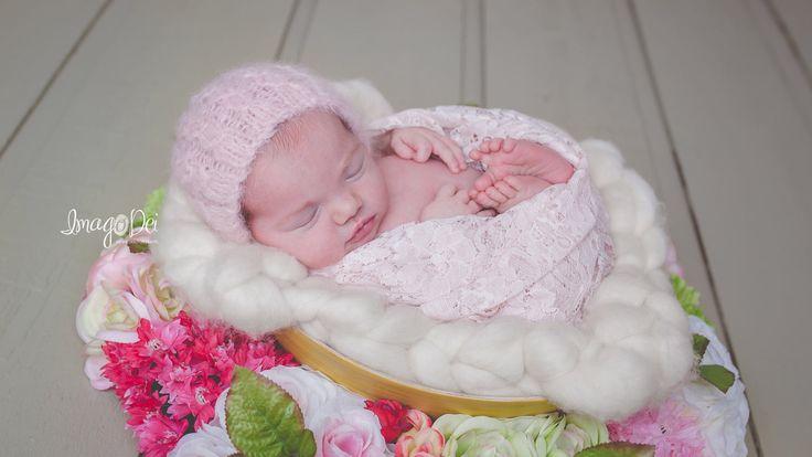 Sweet Pea Newborn bonnet - brushed suri alpaca | newborn prop | Photography Prop | Newborn Photography | Baby Bonnet | Newborn Bonnet by FleurFotoKnits on Etsy https://www.etsy.com/listing/506359639/sweet-pea-newborn-bonnet-brushed-suri