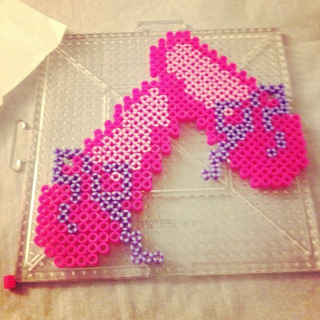 Ballet shoes perler beads by crzymothatruka - Pattern: http://www.pinterest.com/pin/374291419001504545/