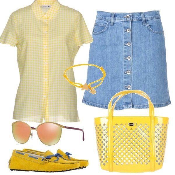 Comode e solari con la gonna in jeans tutta abbottonata, camicina stampa vichy e accessori gialli, come i mocassini, la splendida borsa firmata gli occhiali e il carinissmo braccialetto.