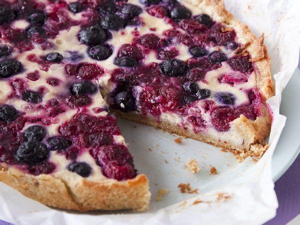 Vaniljainen marjapiirakka http://www.yhteishyva.fi/ruoka-ja-reseptit/reseptit/vaniljainen-marjapiirakka/014054