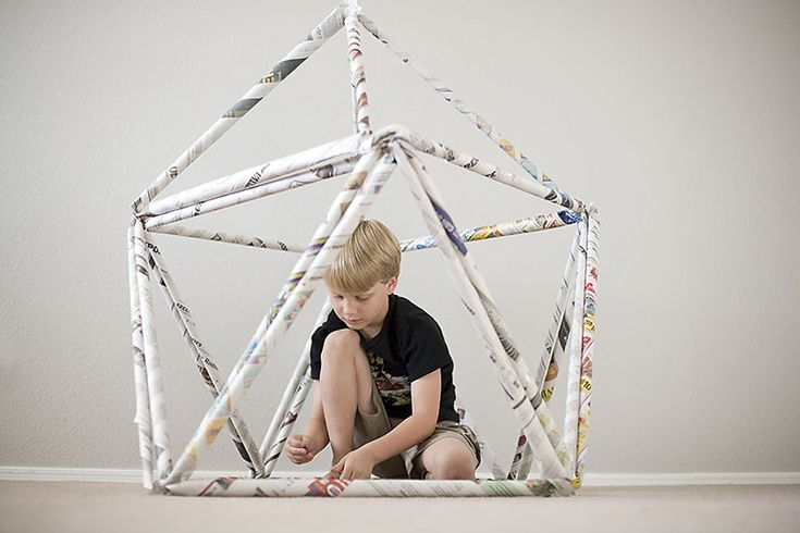 Newspaper Fort by modernparentsmessykids: Made of newspaper! #DIY #Upcycle #Toys #Building_Blocks