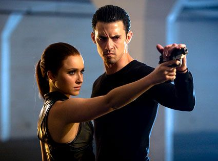 Future Claire Bennet and Peter Petrelli // Hayden Panettiere and Milo Ventimiglia // Heroes TV show